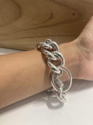 bracelet madame- Perrine Taverniti- hesmé